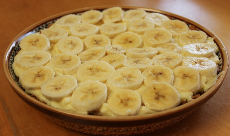 Second layer of cream filling and the final layer of banana slices. The pie then just had to set for hours in the fridge, so make this early if you decide to make it!