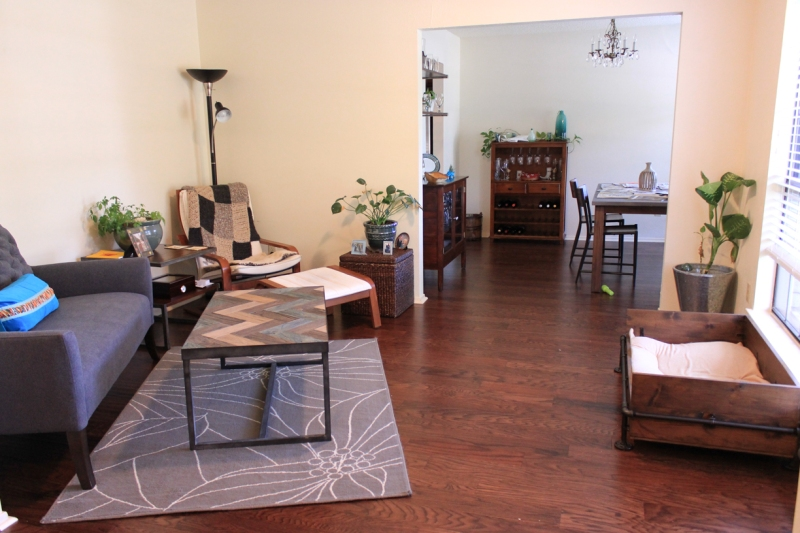 A view from the foyer into the sitting and dining room.